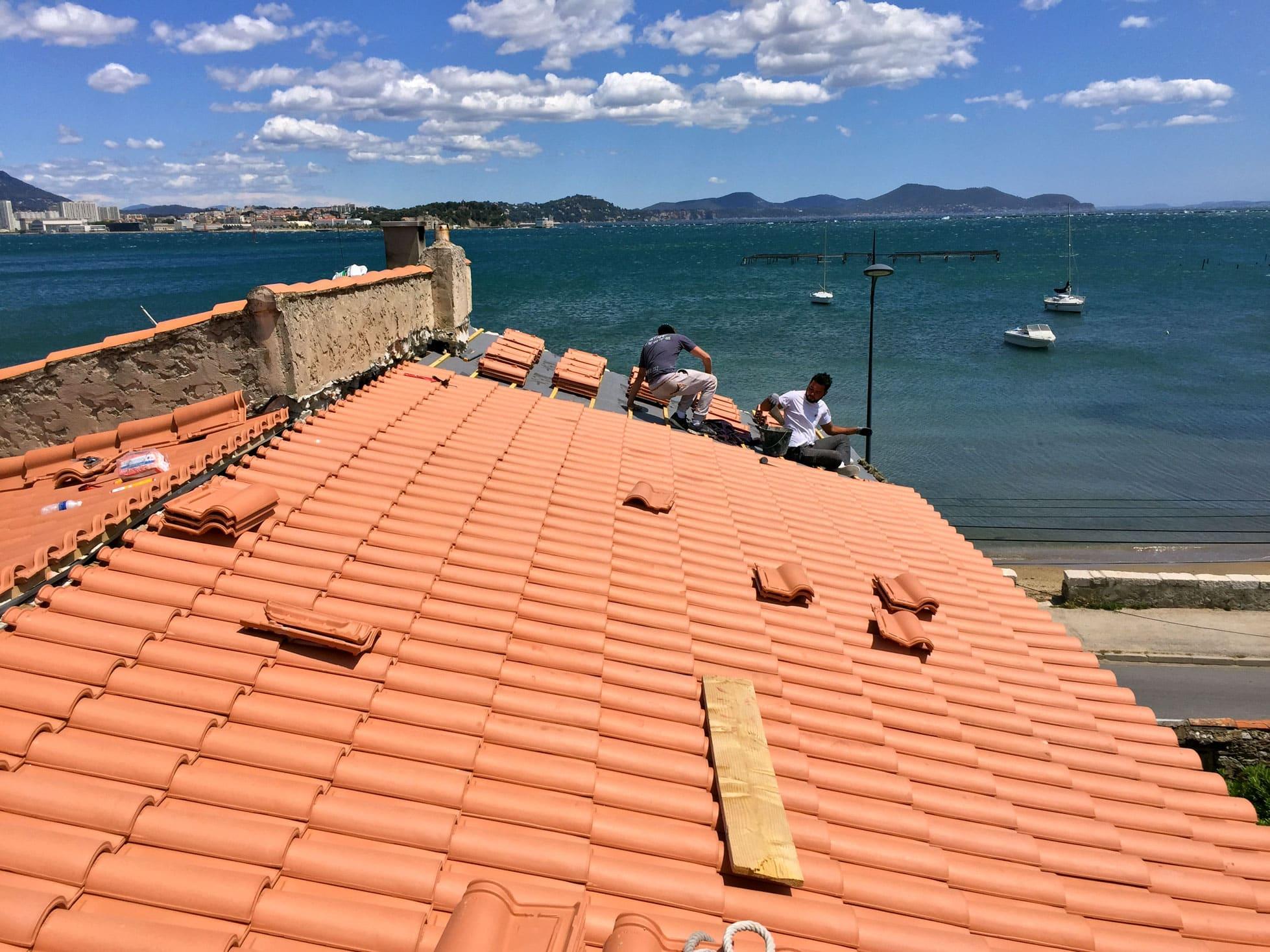 AR Couverture Toulon - Artisan, couverture, charpente, toitures